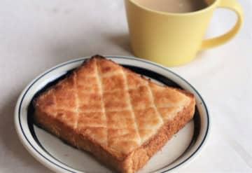 食パン+材料3つだけ!10分で簡単サクサク「メロンパントースト」♪