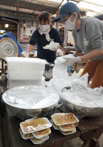 名物の野菜ギョーザ炊き出しに 熊本豪雨で被災の人吉市 宮崎県のラーメン店