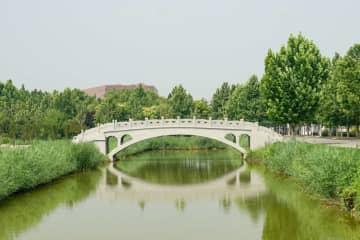 趙州橋を模した3Dプリンター橋、世界最長とギネス認定 天津市