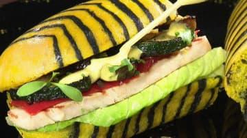 スパイス香る本格サンドイッチ!見た目も可愛い「虎サンド」とは