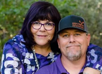 Arizona Teacher Dies From COVID-19 After Sharing Classroom With 2 Infected Teachers