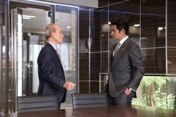 織田裕二、鈴木保奈美の命で笹野高史に…『SUITS2』新作放送再開