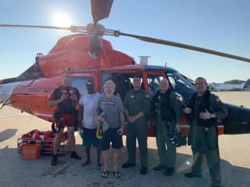 2 men rescued after their fishing boat sank off Jersey Shore coast