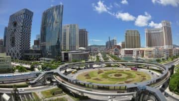 大型カジノIR(統合型リゾート)が建ち並ぶマカオ・コタイ地区の風景(資料)=2020年7月本紙撮影