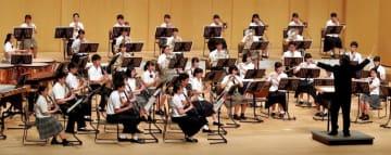 高校生文化の祭典 あす開幕 県選抜吹奏楽団 息ぴったり演奏収録 「音楽をできることに感謝」