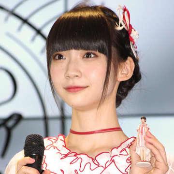 """『NGT48』荻野由佳""""谷間チラ""""で人気が復活!?「ついつい胸を見ちゃう」"""