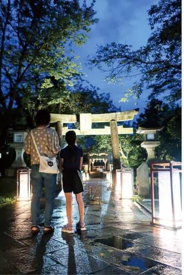 夢か現か 江の島灯籠 8月31日まで点灯