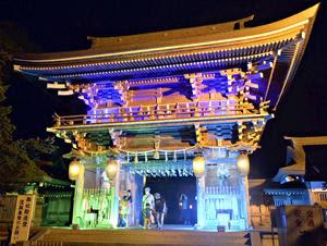 心癒やす楼門の光 美里・伊佐須美神社で「七夕ライトアップ」