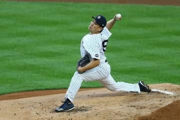 Baseball: Yankees' Tanaka makes 1st start, Twins' Maeda gets 2nd win