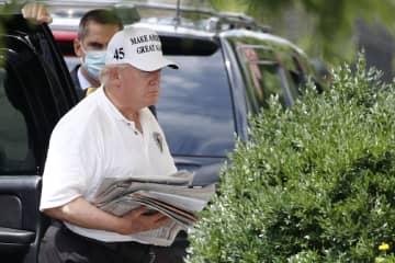 米大統領選、トランプ氏は苦戦 バイデン氏、敵失で先行 画像