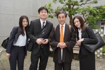 「親バカ青春白書」第1話のSPゲストは佐藤二朗&磯村勇斗!