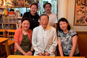 横浜中華街を築き上げた「老華僑」の一人、98歳・陳さん 水餃子は「だんらんの象徴」