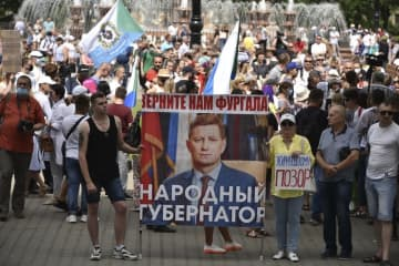 予期せぬ市民の抵抗に遭遇したプーチン氏