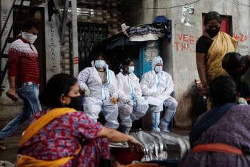 世界のコロナ感染1800万人超 最悪ペース、死者69万人 画像