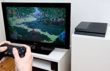 PS5 games won't support PS4 controllers