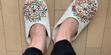 ファティマモロッコのキラキラ「バブーシュ」でおうち時間の気分がアガる!