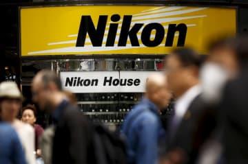 ニコン、今期750億円の営業赤字に カメラ苦戦続く