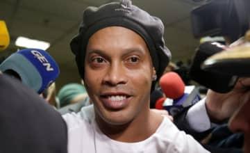 サッカー=パラグアイで逮捕のロナウジーニョ氏、近日中に出国か