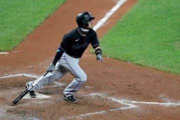 MLBデビューした五輪メダリストの跳躍力 美しいシルエットにファン驚愕「冗談でしょ?」