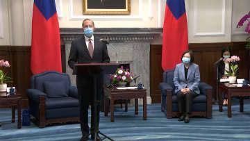 米厚生長官の訪台に中国反発 トランプ氏の「強い支持」伝達 画像