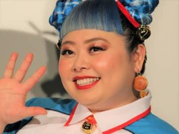 """""""実写版ドラえもん""""?渡辺直美の扮装に弘中アナも驚き「フォルムも…」"""