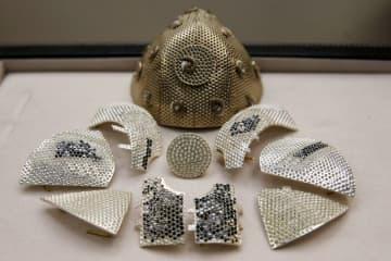 世界一高価なコロナ用マスク、お値段1.6億円