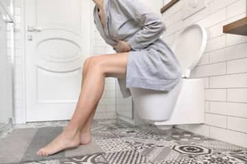 彼氏と初めてのデートのときに… 限界までトイレを我慢した理由 トイレを我慢する行為は、あまり健康によくありません。しかし、我慢した経験のある人も多いでしょう。