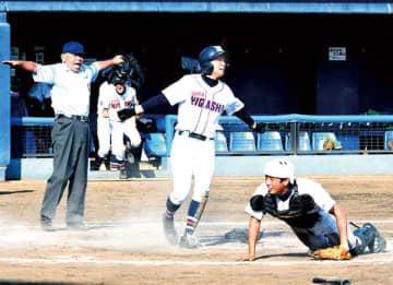 <高校野球>花咲徳栄、春日部共栄を退ける 武蔵越生は市川越を下す 15日、4地区準々決勝