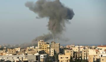 Israel strikes Hamas in Gaza over rockets, fire balloons