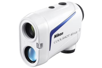 ニコン、ピンフラッグまでの正確な距離を測定するゴルフ用レーザー距離計