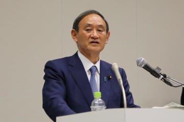 東京新聞・望月記者に聞いた 菅長官「出馬会見」の評価は?