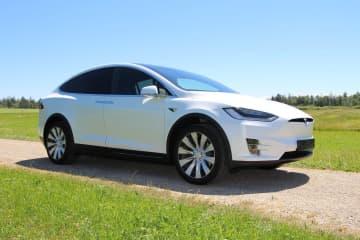 Does Tesla Make Switchback Energy a Poor Cousin?