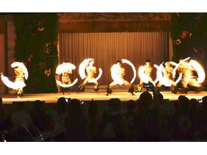 「シバオラ」4周年生誕祭、迫力のダンス披露 ハワイアンズ
