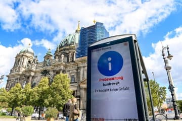 Germany conducts first emergency drill, revealing some tech glitches