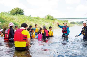 多摩川で安全教室 とどろき水辺の楽校