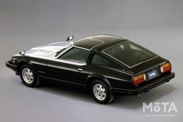 2代目フェアレディZ(S130型) 1982年のマイナーチェンジでは、2.0Lエンジンにもターボが装着された「200Z-T」を追加し、「200Z-T」に装着された215/60R15タイヤは、国産車初の