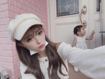 """ギャルママ聖菜、1歳の愛娘と""""親子リンクコーデ""""公開"""