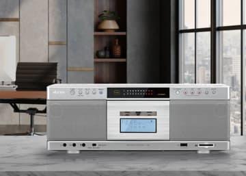 東芝、初のBT対応CDラジカセ「TY-AK2」。カセット音源をワイヤレスで再生可能