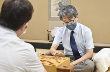 羽生九段、100期目指す 将棋、竜王戦挑戦者に 画像