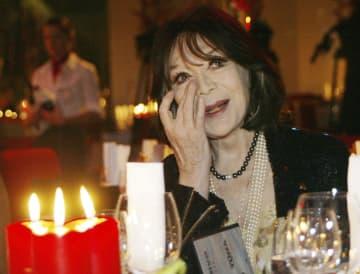 仏シャンソン歌手グレコさん死去 「枯葉」「パリの空の下」 画像