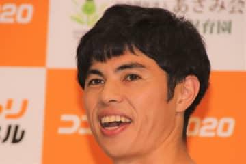 小島よしおが推奨する筋肉写真の使い道にファン驚愕 「発想が斜め上」