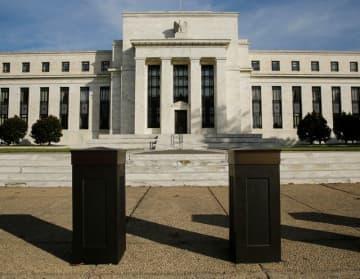 米景気回復は継続へ、コロナ抑制なら=フィラデルフィア連銀総裁