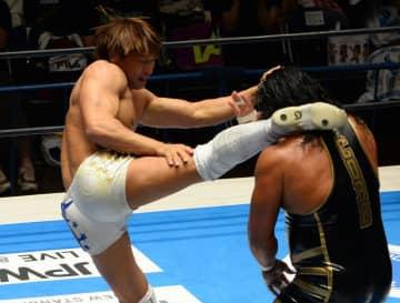 新日本G1・飯伏、コブに苦戦も3勝目「ヤバい。本当に強い。やっぱオリンピック選手」