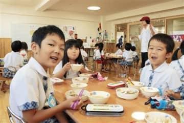10月2日「豆腐の日」、給食いただきます! 熊本市のときわ幼稚園
