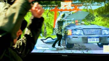 ゲーム空間に飛び込んで車を破壊! 蔦屋家電+でデジタルアート「SHOWDOWN X」展示