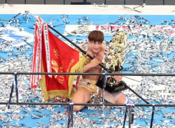 新日本G1・飯伏35分死闘制し連覇「ボクは神になる」蝶野、天山に次ぐ史上3人目!