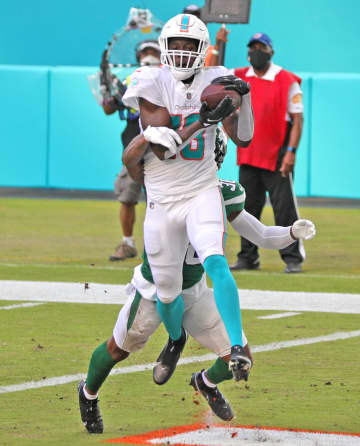 Dolphins shut out Jets, improve to .500 as rookie QB Tua Tagovailoa makes his debut