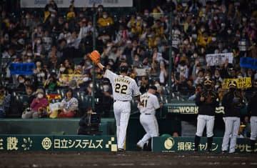 引退表明後一軍初登板の藤川が1回ピシャリ「最後まで頑張る姿を何とか感じてもらえれば」