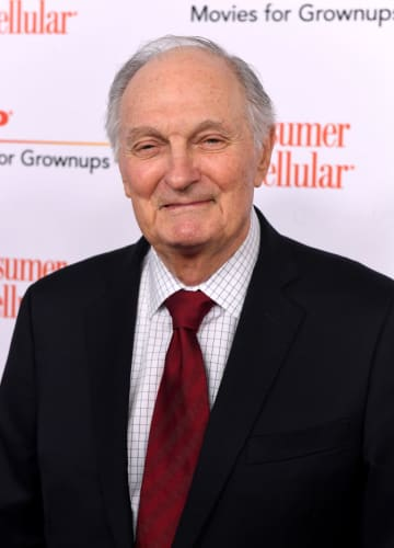 Alan Alda amazed how 'M*A*S*H' continues to connect with younger audiences