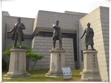 韓国の「愛国女優」ソン・ヘギョ、独立運動家の記念館にレリーフ寄贈=海外へは4回目